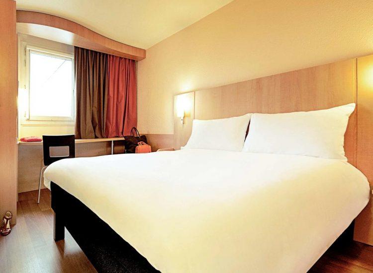 Ibis Hotel Cardiff double room