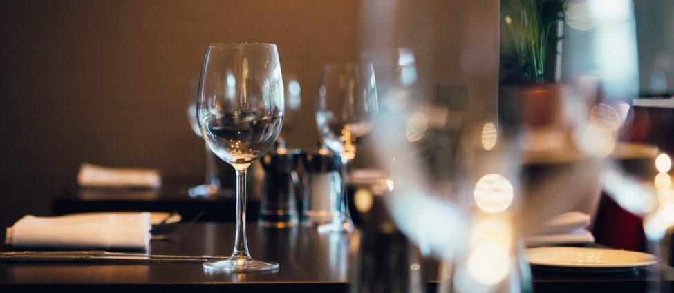 Novotel Wolverhampton Restaurant Wine Glasses