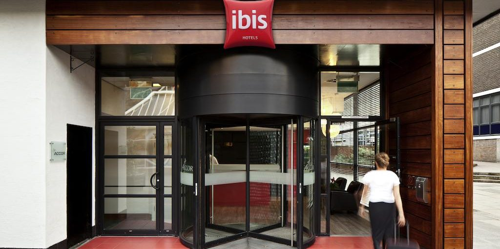 Ibis Forum Stevenage Entrance