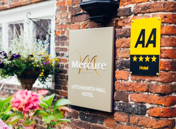 Mercure Hotel Letchworth Hall - 4 Star Hotel