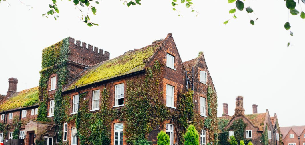Mercure Hotel Letchworth Hall - Front Entrance
