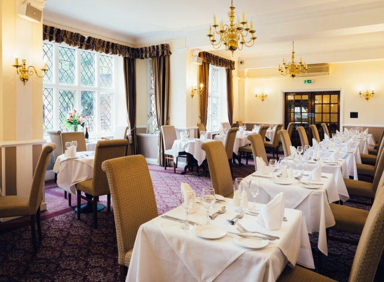 Mercure Hotel Letchworth Hall - Lyttons Restaurant