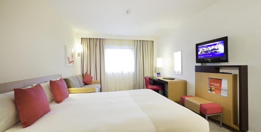 Novotel Ipswich Hotel Bedroom