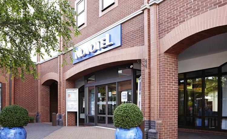 Novotel Ipswich Hotel Exterior