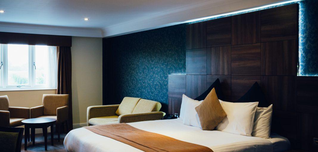 Mercure Letchworth Hall Hotel Bedroom