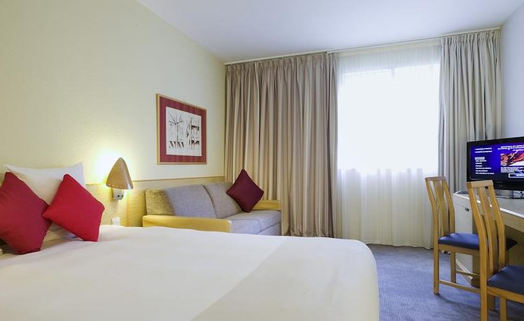 Novotel Manchester bedroom - Fairview Hotel Collection