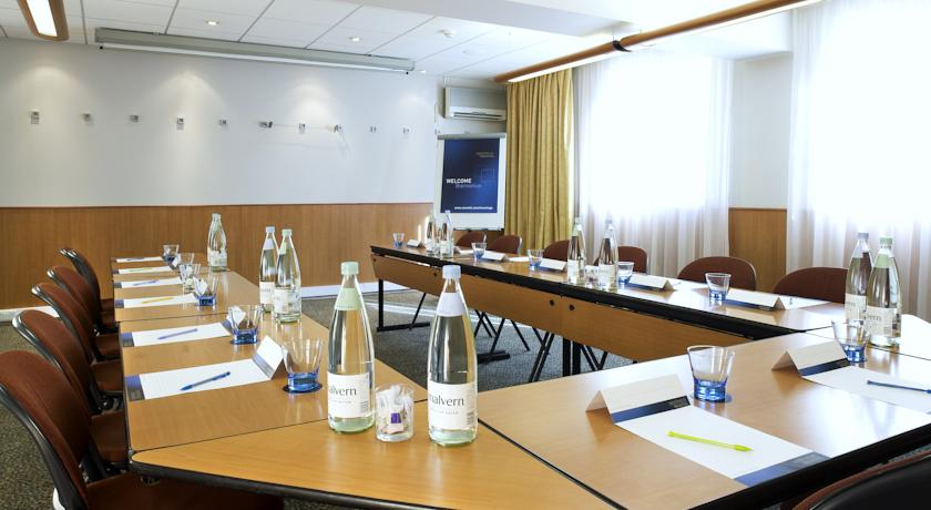 Novotel Hotel Manchester West Meeting Room