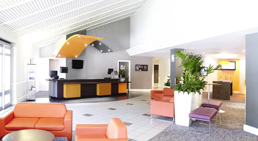 Novotel Hotel Manchester West Reception