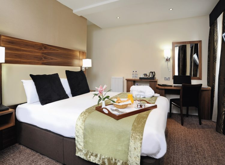 Mercure London Bloomsbury Bedroom