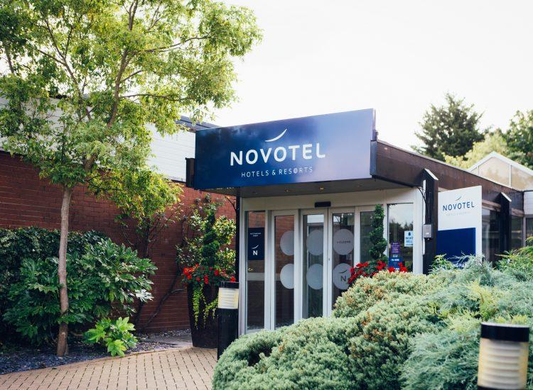 Novotel Nottingham Hotel Entrance