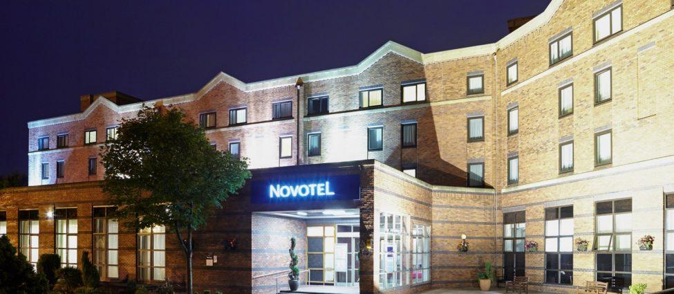 Novotel Newcastle Hotel Exterior
