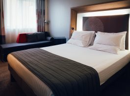 Novotel Stevenage Hotel Bedroom