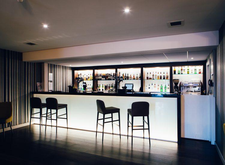 Novotel Stevenage Hotel Bar
