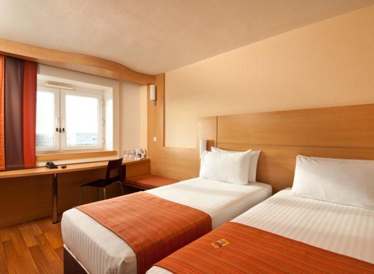 Ibis Forum Stevenage Standard twin room